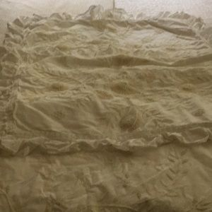 King duvet cover with two matching pillow shams